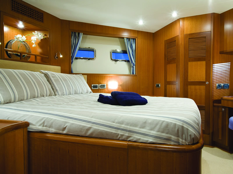 Custom made fitted duvets and duvet covers for your yacht