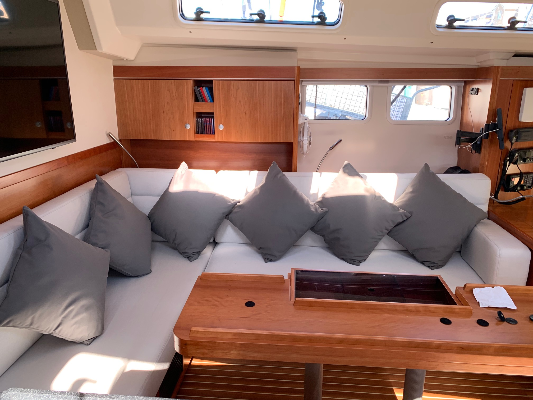 Marine Bedding Boat Upholstery - Saloon Seating 3